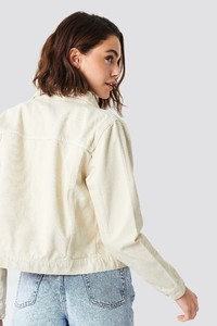 nakd_beige_denim_jacket_1100-000629-0005_02b.jpg