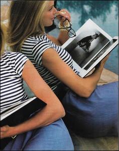 elle us june 1990 by gilles bensimon 2.jpg