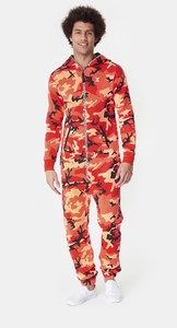 logo-camo-jumpsuit-red-7.thumb.jpg.34c3649a726987c55269510b9956c802.jpg