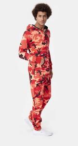 logo-camo-jumpsuit-red-9.thumb.jpg.d03b90ea5759a7cb69851b50be6a9f1c.jpg