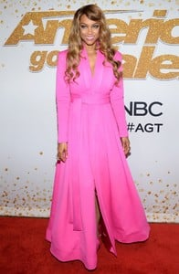 tyra-banks-america-s-got-talent-at-the-dolby-theatre-in-hollywood-08-28-2018-1.thumb.jpg.4f375f6930827d9315411b57cd7ddaef.jpg
