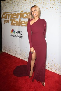 tyra-banks-at-america-s-got-talent-live-show-in-hollywood-08-21-2018-4.jpg