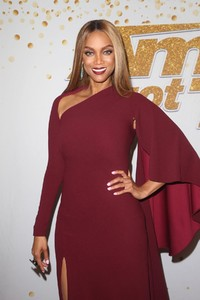 tyra-banks-at-america-s-got-talent-live-show-in-hollywood-08-21-2018-6.jpg