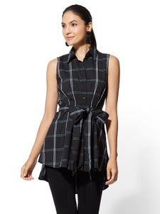 Cerelina Proesl New York & Company Black & White Hi-Lo Tunic Shirt 01427798_006.jpg
