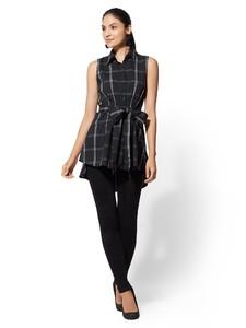 Cerelina Proesl New York & Company Black & White Hi-Lo Tunic Shirt 01427798_006_av4.jpg