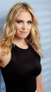 Eliza-Taylor-Cotter (8).jpg