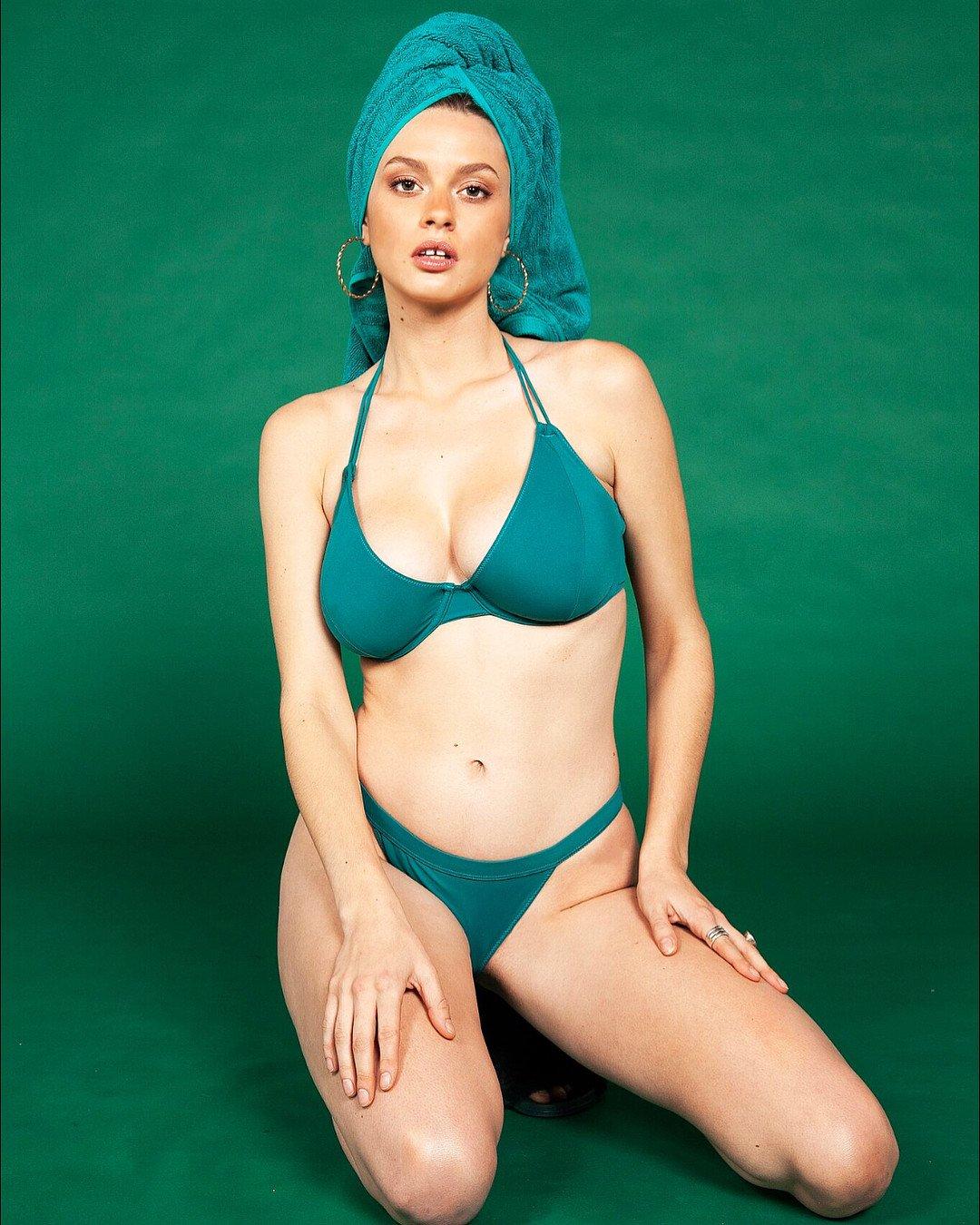 Bikini Elle Brittain naked (54 photo), Pussy, Is a cute, Instagram, underwear 2006