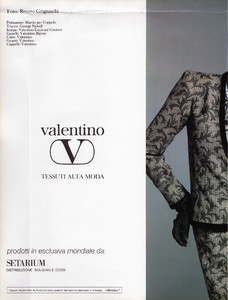 ValentinoAdVgIT0983SpecNo3_01.thumb.jpg.3be5e3a5ffd21b09a3c146d1b578ac71.jpg