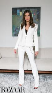 1102401023_alessandra-ambrosio-white-suit-HarpersBazaarSaudiArabia.thumb.jpg.0c4e241b4768acdcc7d6c995a139e601.jpg