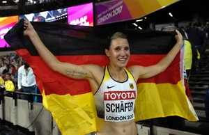 Carolin-Schafer--Celebrates-silver-medal-of-the-hepathlon-at-2017-IAAF-World-Championships--34-662x430.jpg