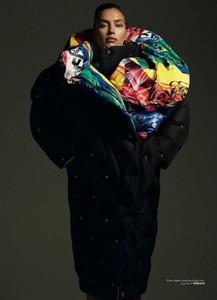 Irina-Shayk-Vogue-Turkey-Cover-Photoshoot07.thumb.jpg.6f55f67e08c72ba64b21a4c7c44ade8d.jpg