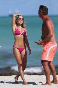 Sylvie-Meis-in-Pink-Bikini-2018--16-662x993.jpg