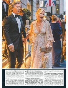 H0la 2018_11_07_downmagaz.com-page-017.jpg