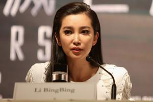 Li+Bingbing+Transformers+Age+Extinction+Photo+Rvz2VjsKlNzx.jpg