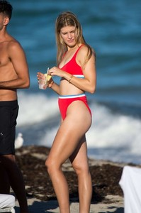 Eugenie-Bouchard-in-Red-Bikini-2018--04-662x994.jpg
