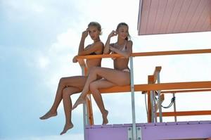 Selena-Weber-and-Lauren-Ashley-in-Bikini-2017--19-662x441.jpg
