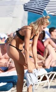 Selena-Weber-in-Black-Bikini--04-662x1080.jpg