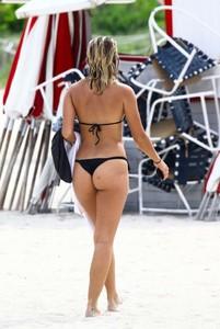 Selena-Weber-in-Black-Bikini-2017--06-662x987.jpg