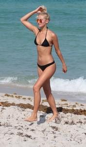 Selena-Weber-in-Black-Tiny-Bikini-2017--09-662x1121.jpg