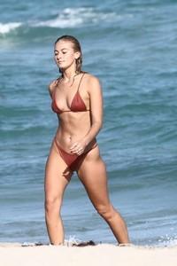Selena-Weber-in-Red-Bikini-2018--02-662x993.jpg