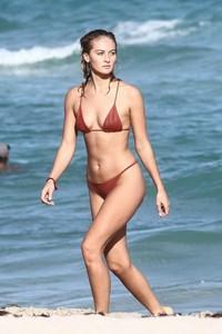 Selena-Weber-in-Red-Bikini-2018--20-662x993.jpg