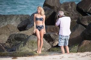 Selena-Weber_-Bikini-Photoshoot-2016--22-662x441.jpg