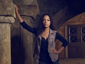 SleepyHollow-LyndieGreenwood.jpg