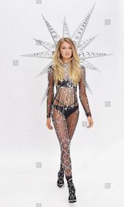 exclusive-victorias-secret-swarovski-crystal-bra-fitting-new-york-usa-shutterstock-editorial-9969029av.jpg
