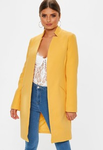 manteau-droit-jaune-col-invers-tall.jpg