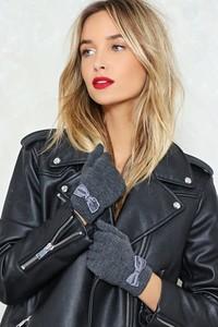 nasty-gal-designer-grey-Hands-Up-Bow-Gloves-Hands-Up-Bow-Gloves.thumb.jpeg.1d21ca75055f2117f64b02cf65aa595e.jpeg