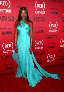 Naomi+Campbell+RED+Auction+Photocall+wCfZZWCTJd8x.jpg