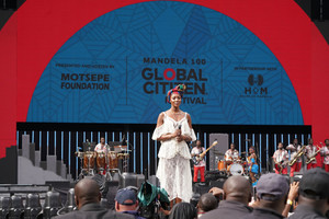 Naomi+Campbell+Global+Citizen+Festival+Mandela+HnzCK-dmBlrx.jpg