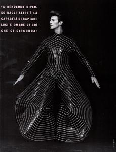 DB_Ritts_Vogue_Italia_June_1990_05.thumb.png.b70657e2c837c07246c26e31a3d2f927.png