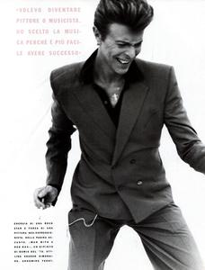 DB_Ritts_Vogue_Italia_June_1990_10.thumb.png.918f767eae24ee6104f35eef64fc5fa1.png