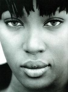 Frange_Demarchelier_Vogue_Italia_November_1989_03.thumb.png.71585ecc089c038dd589f4881edb8ed5.png