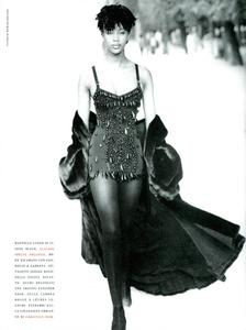 Frange_Demarchelier_Vogue_Italia_November_1989_04.thumb.png.fdb541715059a7f8650fbfa7042a6252.png