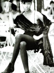 Frange_Demarchelier_Vogue_Italia_November_1989_06.thumb.png.db010ff4c4e11d618e8b3e17237261fc.png