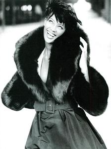 Frange_Demarchelier_Vogue_Italia_November_1989_07.thumb.png.99d06d9289942d44a855268849cbe118.png