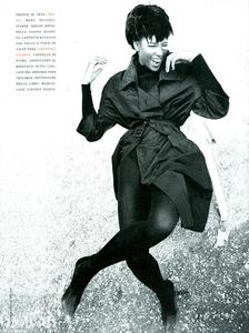 Frange_Demarchelier_Vogue_Italia_November_1989_08.thumb.png.51d529f962d955f14867c99f5a62fcb2.png
