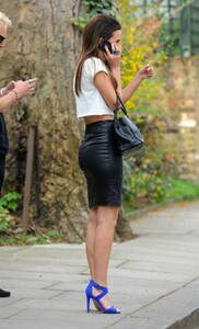 Lucy-Watson-in-Leather-Skirt--19-720x1185.jpg