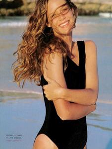McKinley_Vogue_Italia_June_1989_05.thumb.png.0d0fd807a7ceaea997e908957ce7e170.png