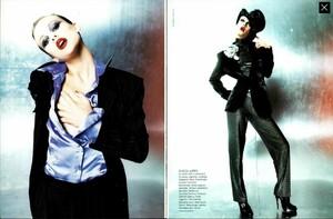 POB_Vogue_Italia_September_1994_03.thumb.jpg.e0b33e046de9393316826e61c8cb2088.jpg