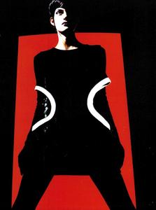 Saikusa_Vogue_Italia_November_1989_03.thumb.png.3c1e747852d30dac118c296d02fe5480.png