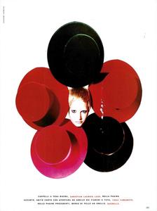 Saikusa_Vogue_Italia_November_1989_04.thumb.png.3c1da776c370bf11bdf6d0875eb7bd12.png