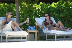 Stephanie-Pratt-and-Lucy-Watson-in-Bikini--34.jpg