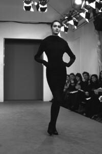 alaia-fashion-fw-1987.thumb.jpg.a01c287469172c844f7b9fee55f25e0c.jpg