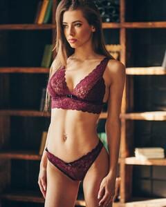 lingerie_khv_42728421_176268543257511_2240554115003014253_n.jpg
