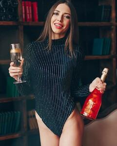 lingerie_vladivostok_46589858_281153052568397_2212633284002954224_n.jpg