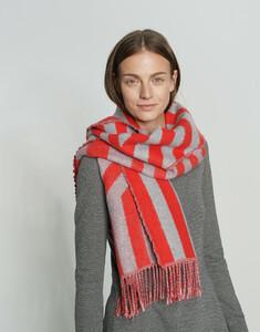 rot_streifenschal_damen_adiami-scarf_opus_vorne_1.jpg