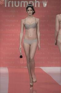 147600623_triumph-lingerie-fashion-show-2014_751746(2).thumb.JPG.a9448f3299206d961ee85406cc953667.JPG